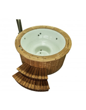 Hot tub with fiberglass inside and wooden trim 1,82 m