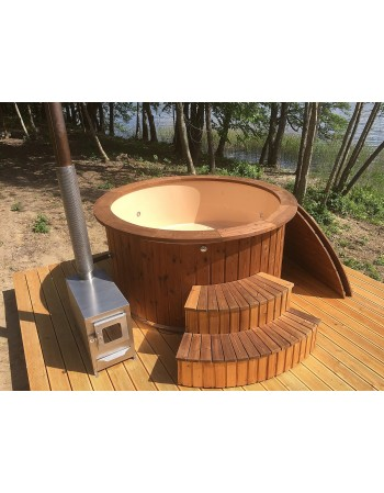 Hot tub with fibreglass frame and wooden trim