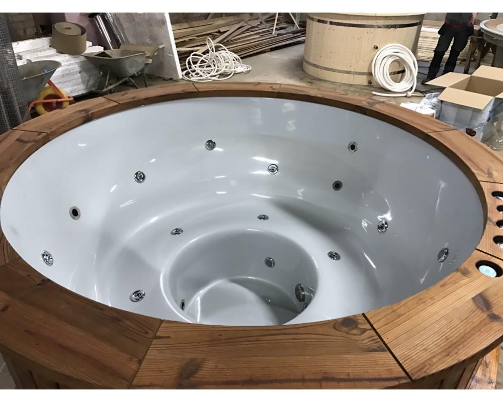 Hot tub fantastic comfortable made of fibreglass 182 cm
