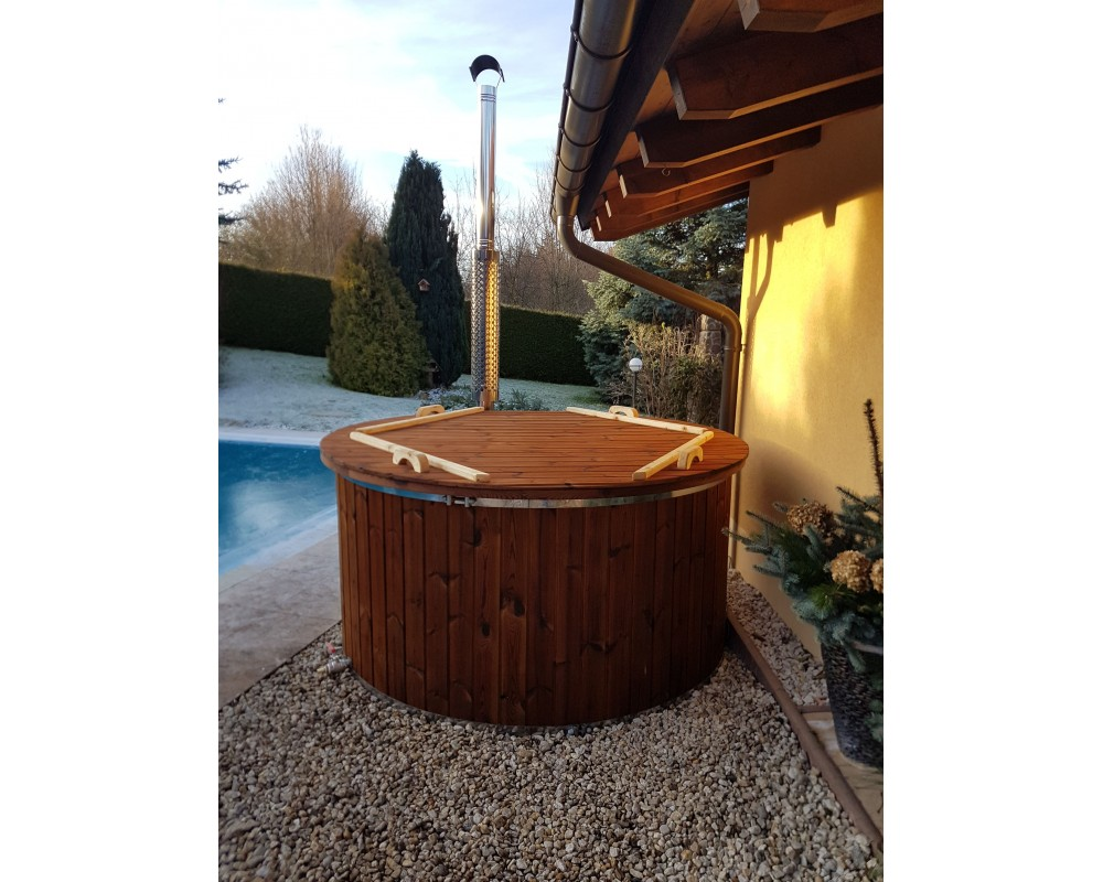 Fiberglass tub with integrated stove 1,82 m