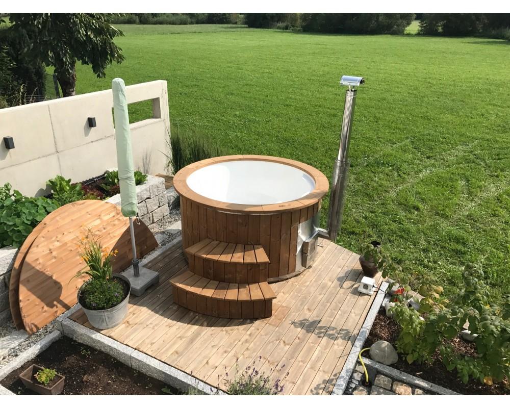 Outdoor fiberglass hot tub 1,82 m