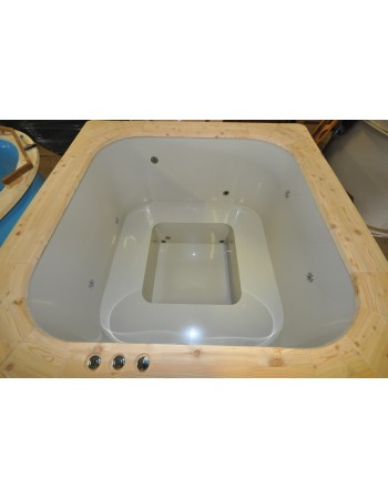 Square shape plastic hot tub with spruce trim