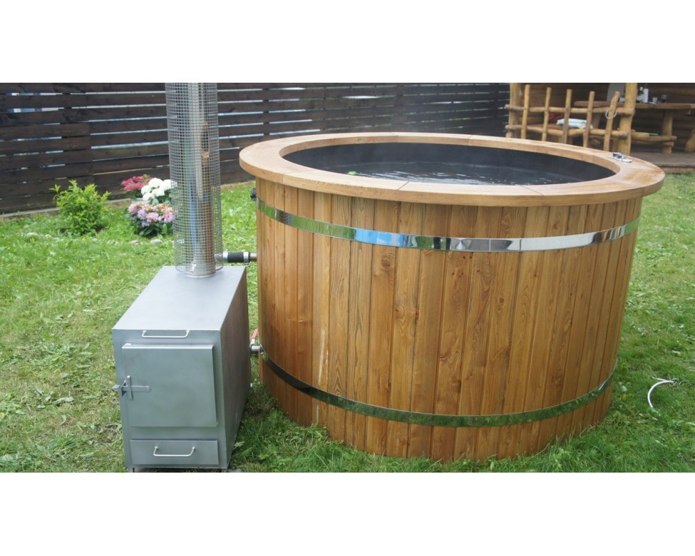 Black Plastic hot tub with thermowood trim 1,6 m