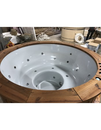 Hot tub fantastic comfortable made of fibreglass 182 cm