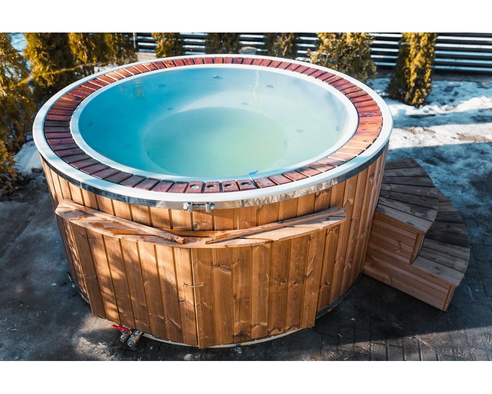 Fiberglass 1,9 m hot tub with overflow system